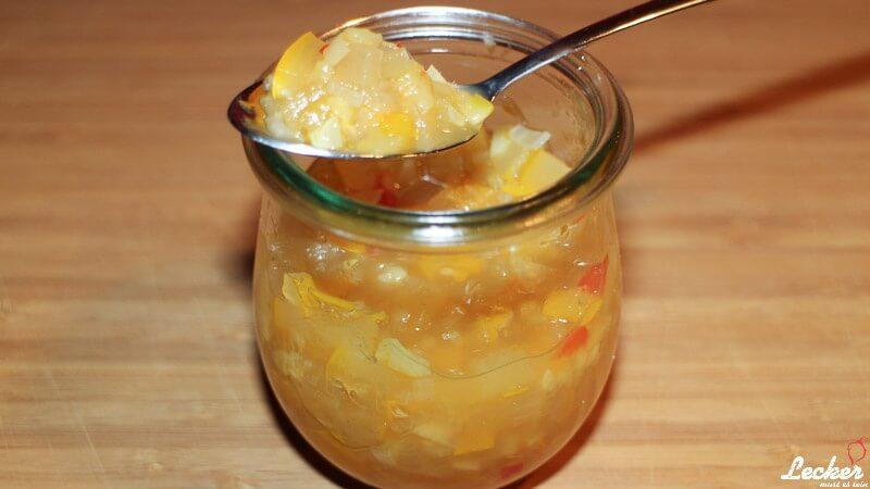 Zucchini-Ingwer-Chutney