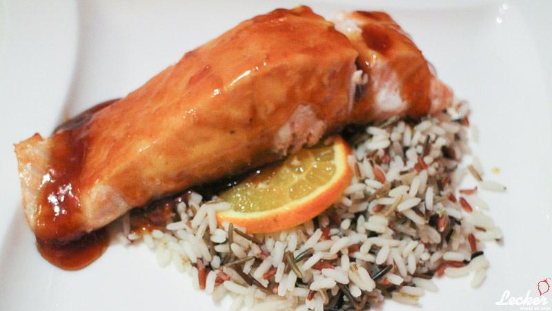Lachs mit Orangen-Teriyaki-Sauce