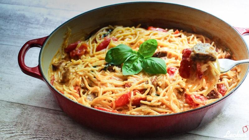 lecker_muss_es_sein_09_2014_One-Pot-Pasta-mit-Tomaten-und-Chorizo-2