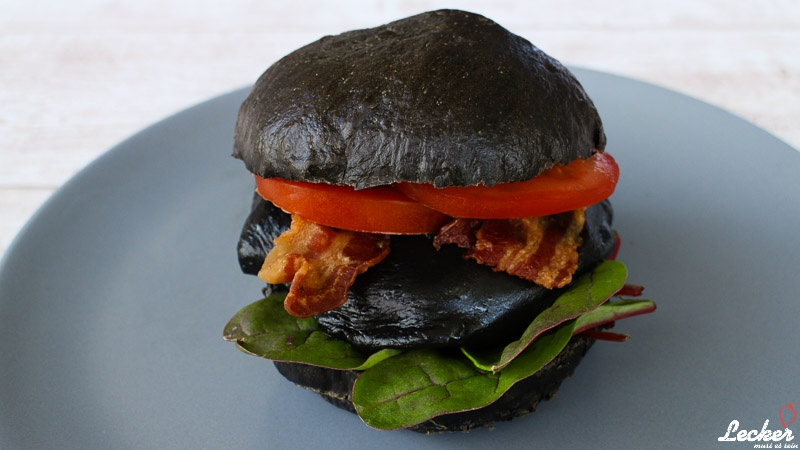 Black Cheese Burger