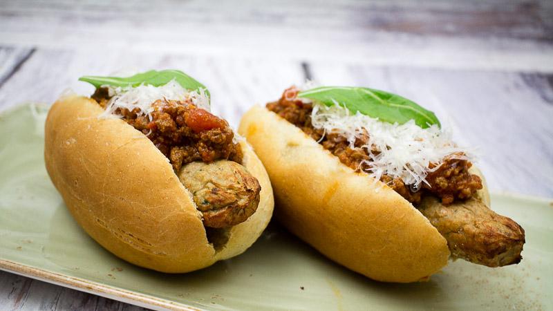 Bolognese Hotdog