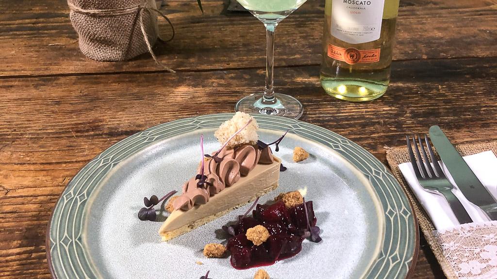 Gallo Family Vineyards meets Chefkoch- Delice von blonder Schokolade mit Zwetschgen und Haselnuss