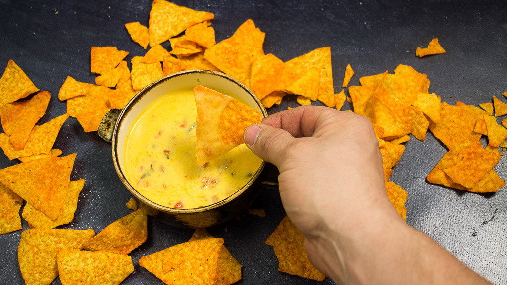 Käse Dip wie im Kino - Chile con Queso